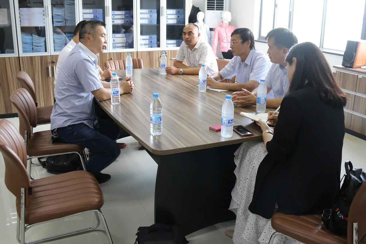 江苏省产业布协会领导莅临我司考察指导工作
